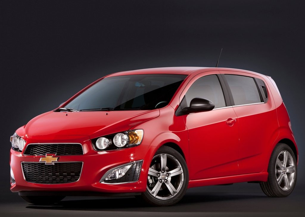 2013 Chevrolet Sonic RS (Photo 1 of 27)