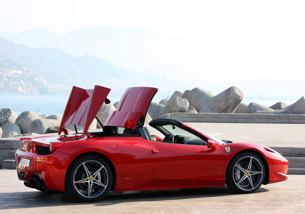 2013 Ferrari 458 Spider Door (Photo 2 of 11)