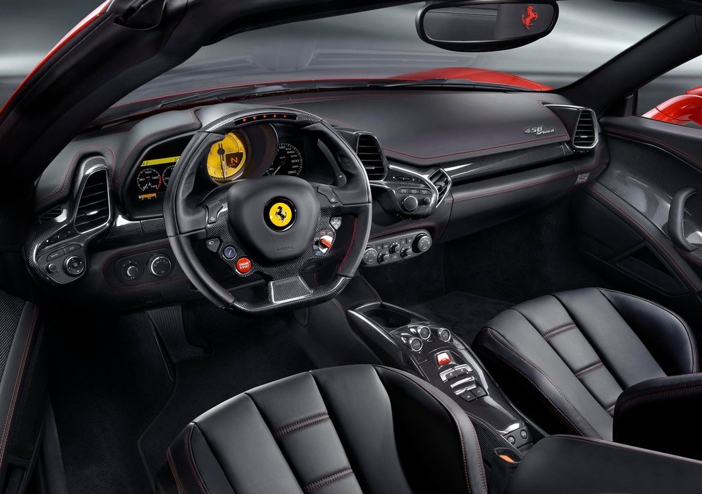 2013 Ferrari 458 Spider Interior (Photo 6 of 11)