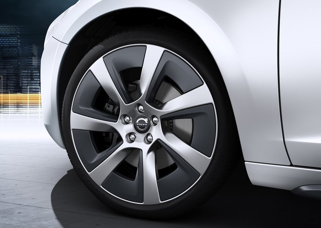 2013 Volvo V60 Plug In Hybrid Wheel (View 7 of 9)