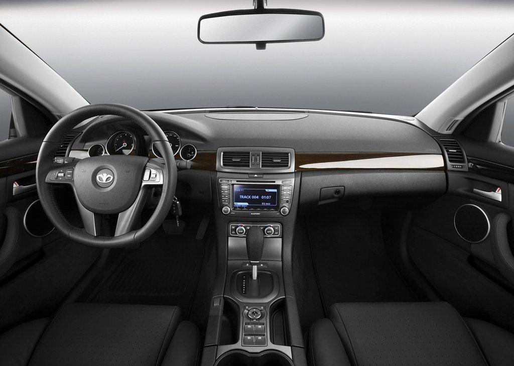 2007 Daewoo L4X Interior (Photo 5 of 8)