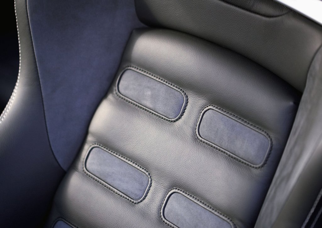 2007 Mitsubishi Prototype X Seat  (Photo 16 of 19)