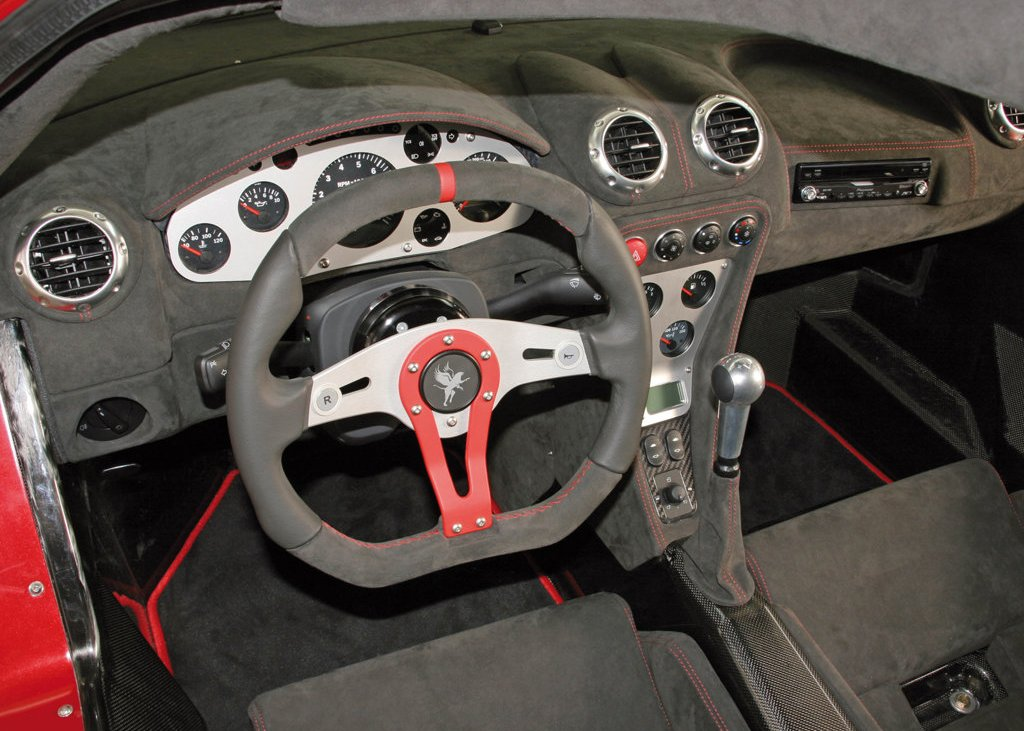 2008 Gumpert Apollo Interior (Photo 6 of 10)