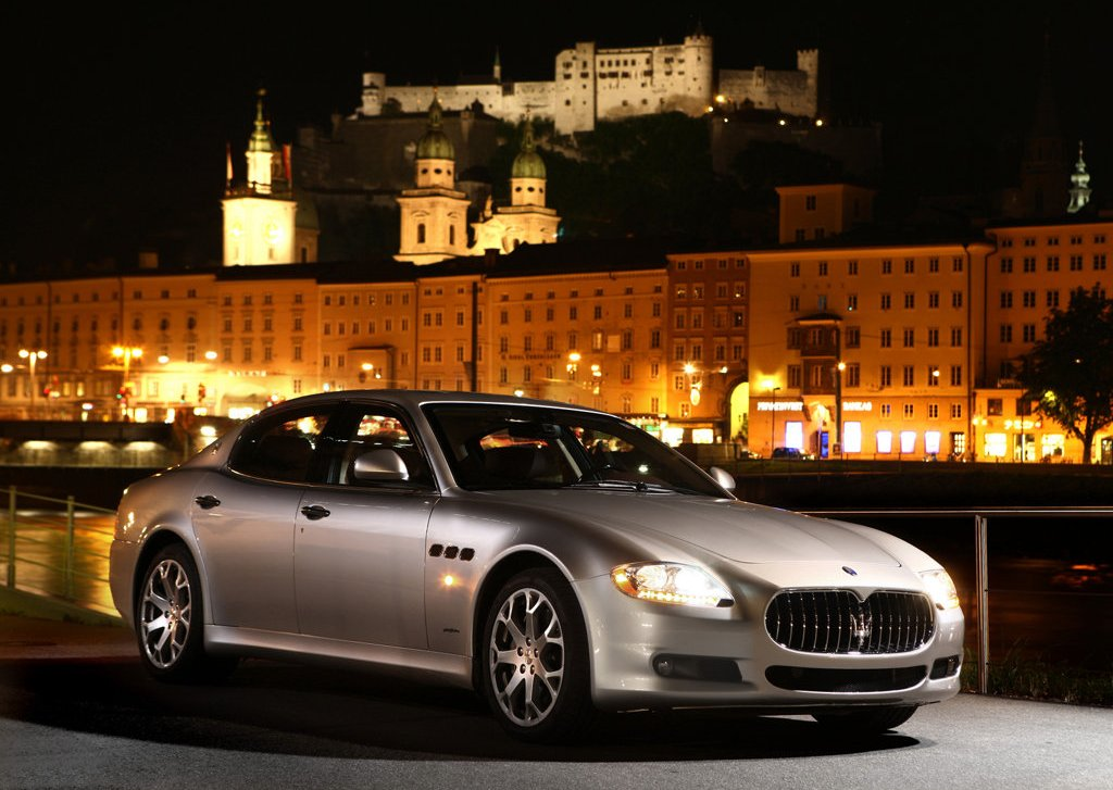 Featured Image of 2009 Maserati Quattroporte Concept Review