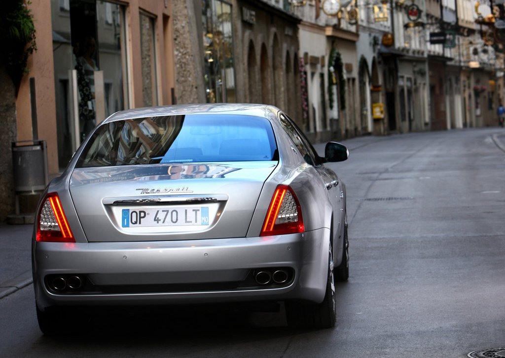 2009 Maserati Quattroporte Rear (Photo 5 of 6)