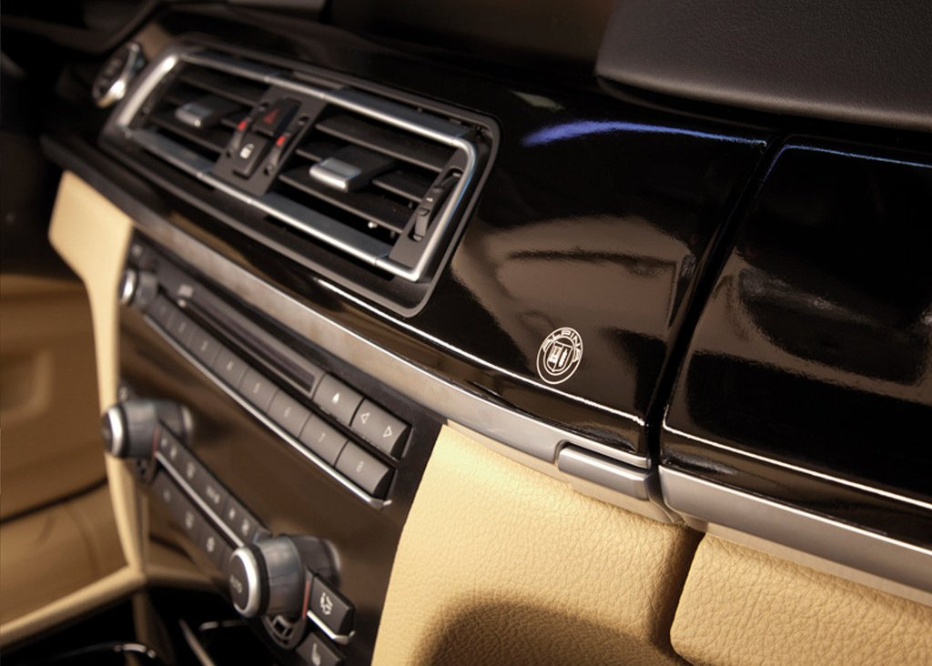2010 Alpina BMW B7 Bi Turbo Interior  (Photo 7 of 14)
