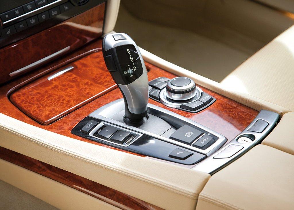 2010 Alpina BMW B7 Bi Turbo Interior (View 5 of 14)