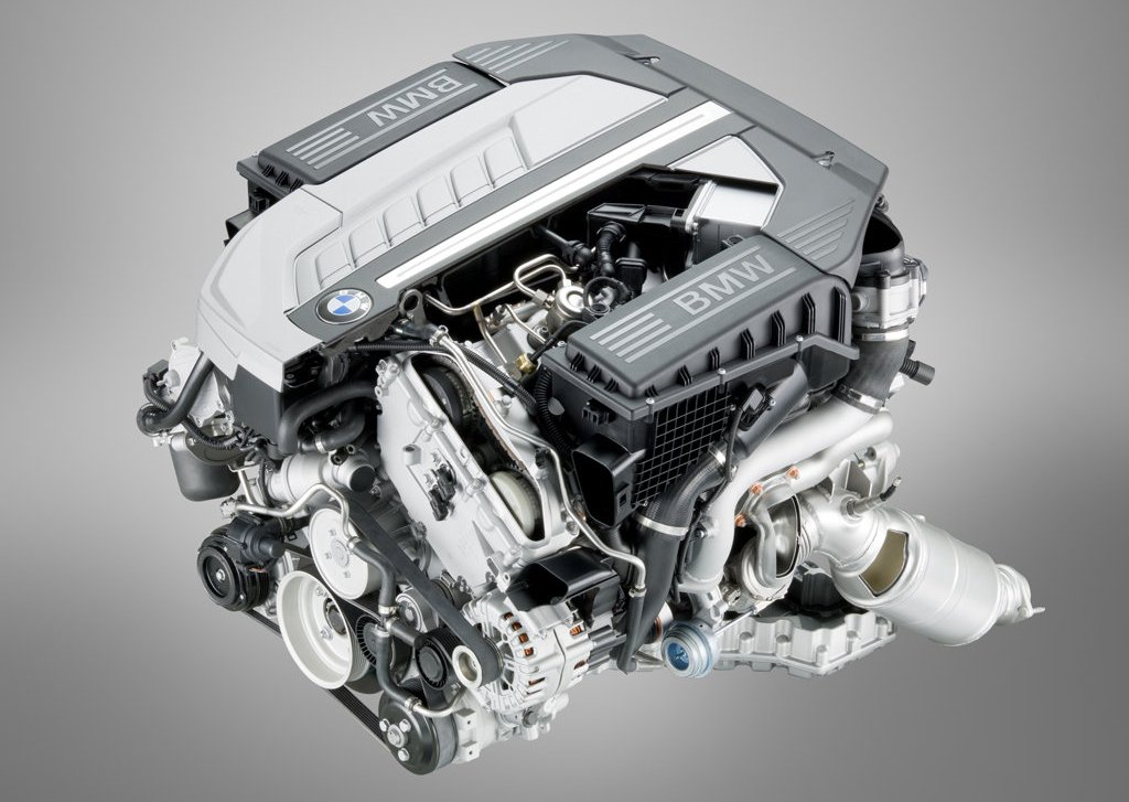 2010 BMW 760Li Engine  (Photo 10 of 25)