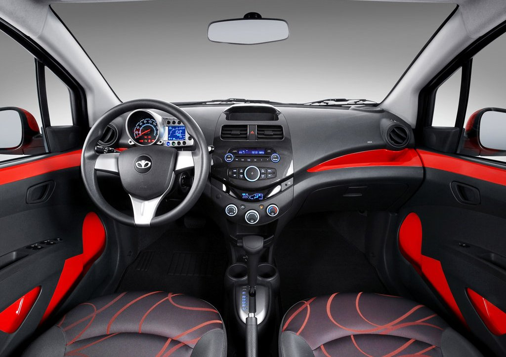 2010 Daewoo Matiz Creative Interior  (Photo 13 of 20)