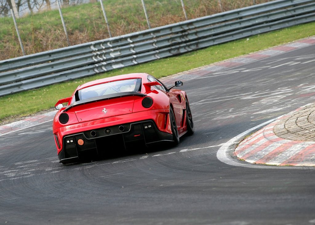 2010 Ferrari 599XX Rear (View 4 of 10)