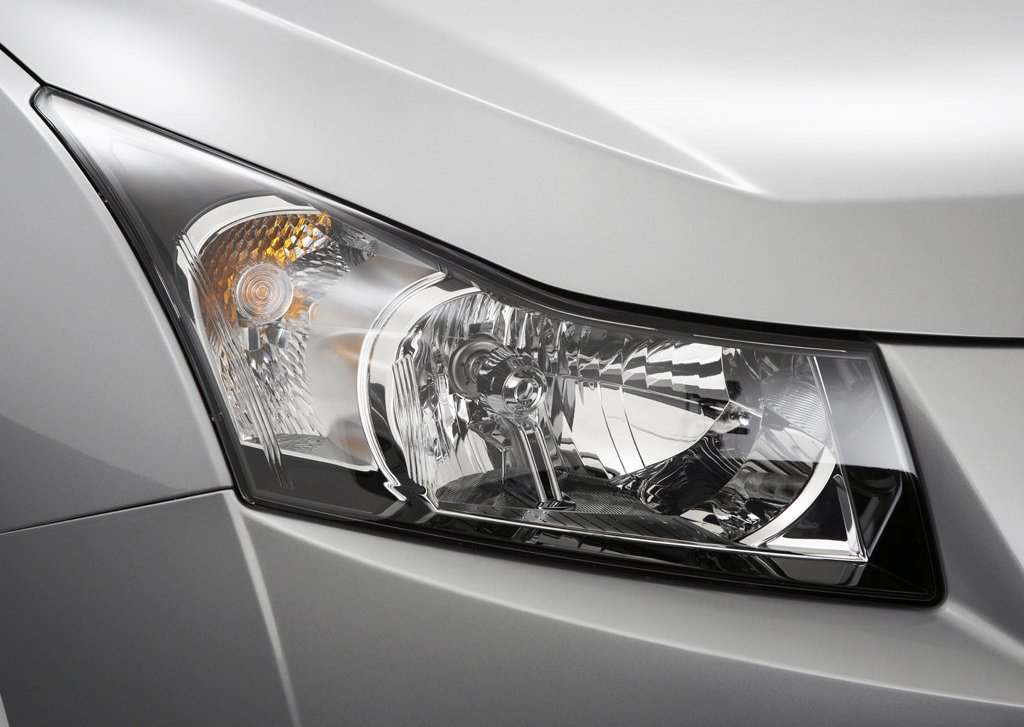 2010 Holden Cruze Head Lamp (View 4 of 8)