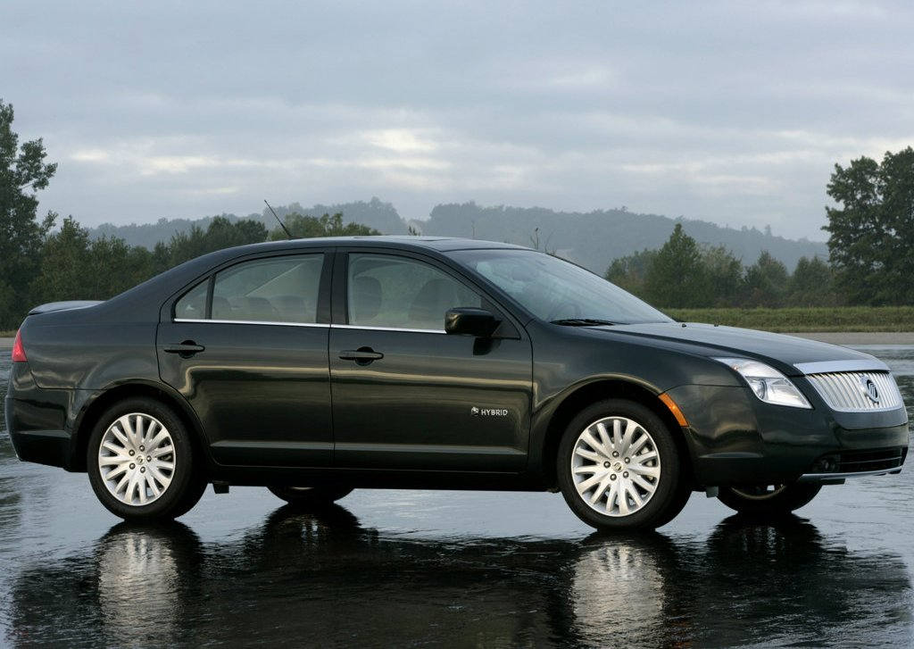 Featured Image of 2010 Mercury Milan Hybrid Review