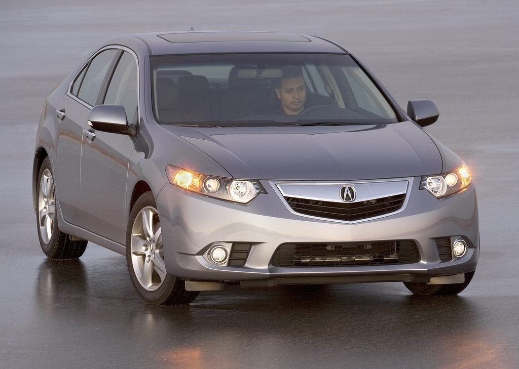 2011 Acura TSX Sedan Front (Photo 4 of 10)