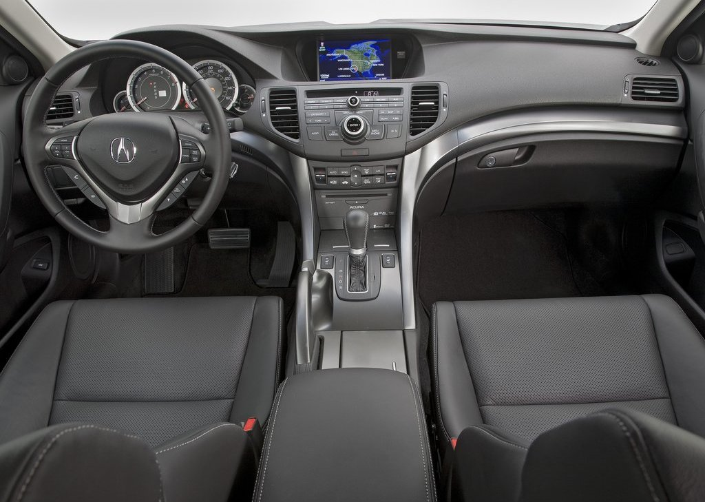 2011 Acura TSX Sedan Interior (Photo 6 of 10)