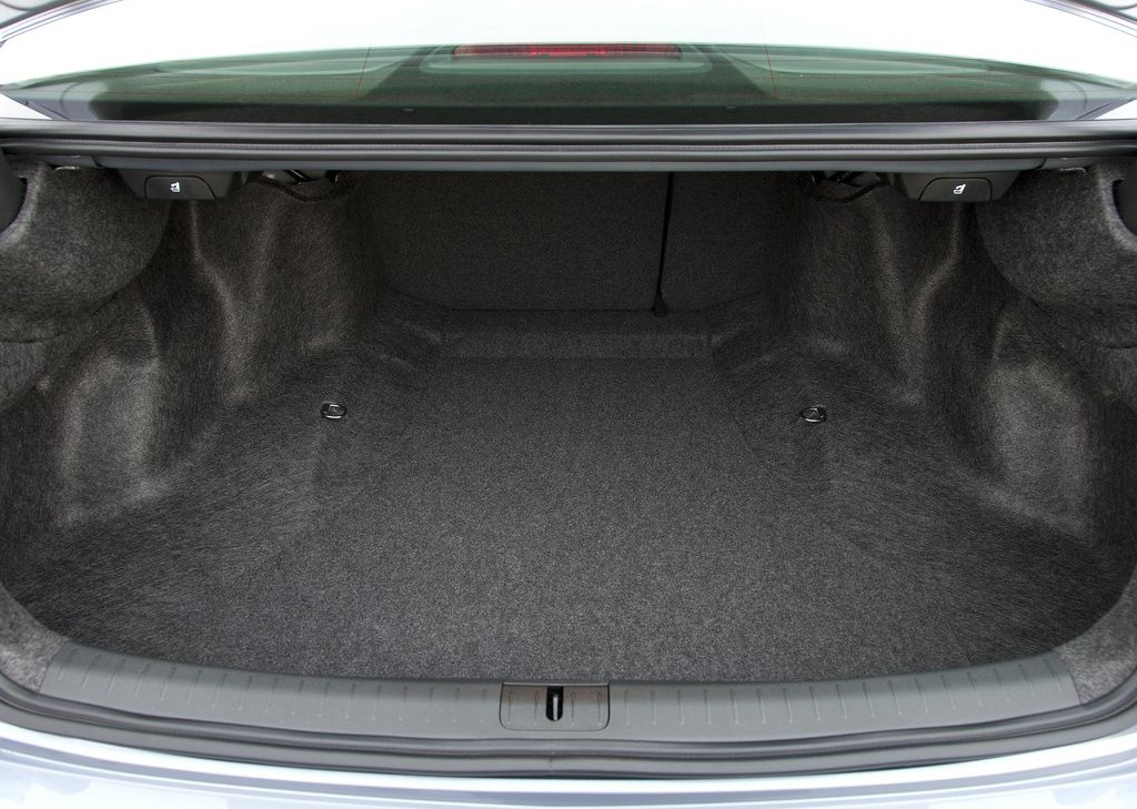 2011 Acura TSX Sedan Trunk (Photo 10 of 10)