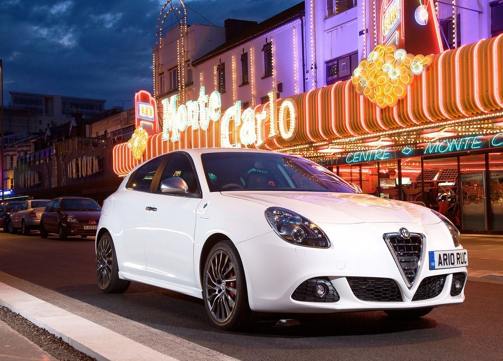 2011 Alfa Romeo Giulietta (View 10 of 26)