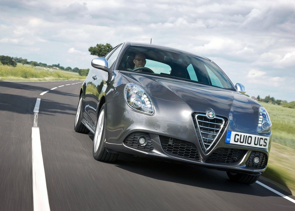 2011 Alfa Romeo Giulietta (View 3 of 26)
