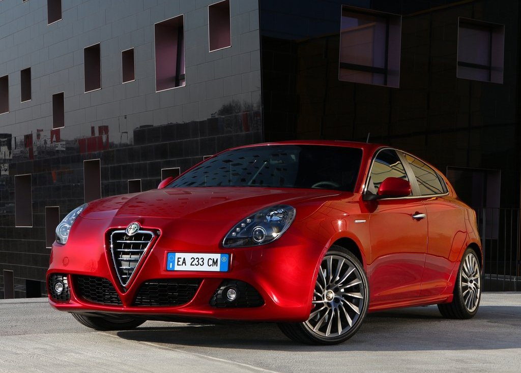 2011 Alfa Romeo Giulietta (View 4 of 26)