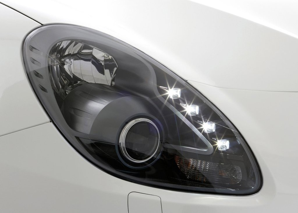 2011 Alfa Romeo Giulietta Head Lamp (View 12 of 26)