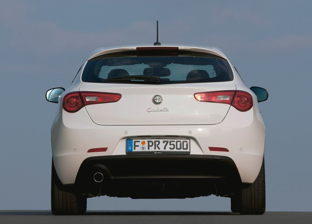 2011 Alfa Romeo Giulietta Rear (View 17 of 26)