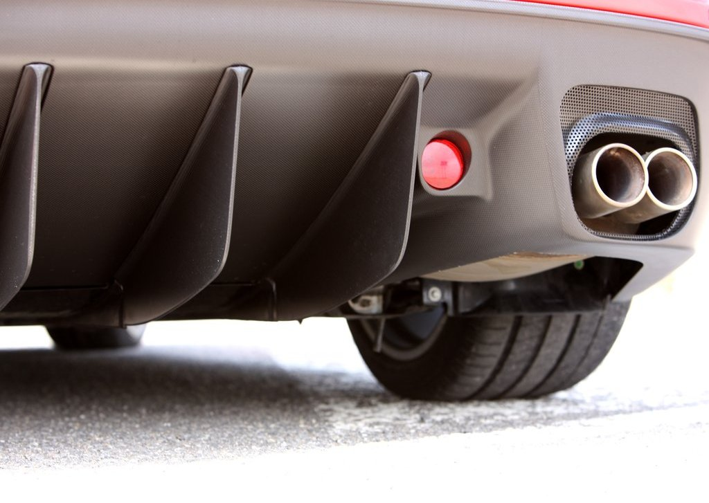 2011 Ferrari 599 GTO Exhaust (Photo 3 of 11)