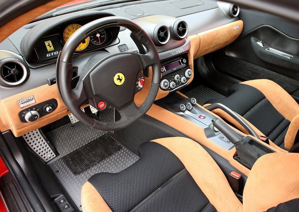 2011 Ferrari 599 GTO Interior (Photo 6 of 11)