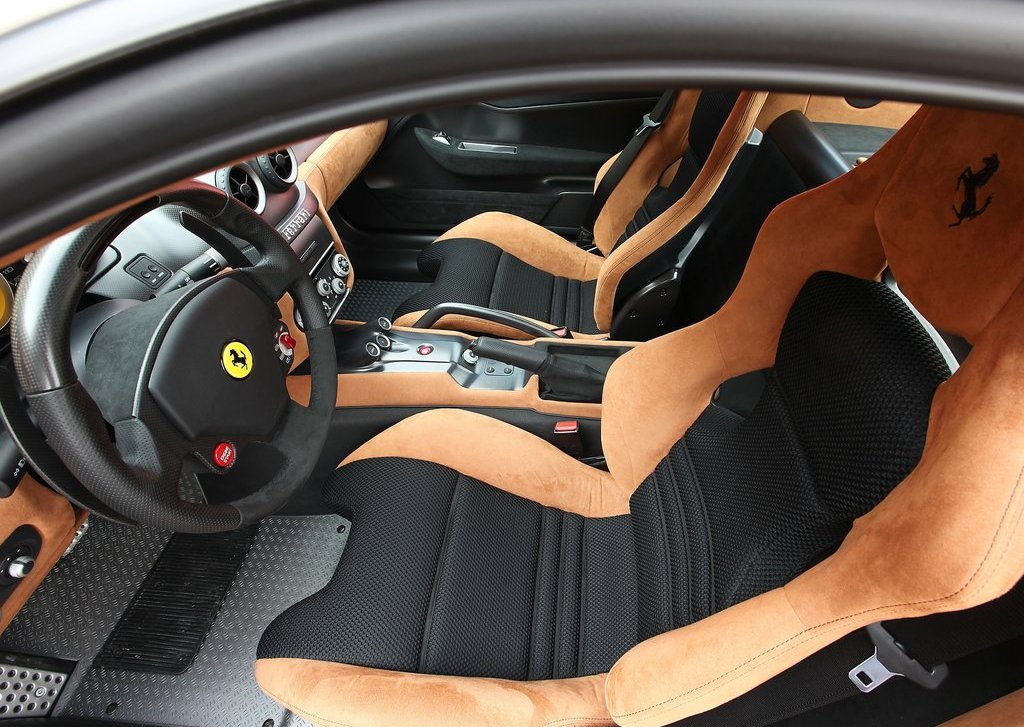 2011 Ferrari 599 GTO Seat (Photo 8 of 11)