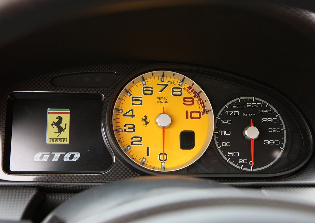 2011 Ferrari 599 GTO Speed (Photo 10 of 11)