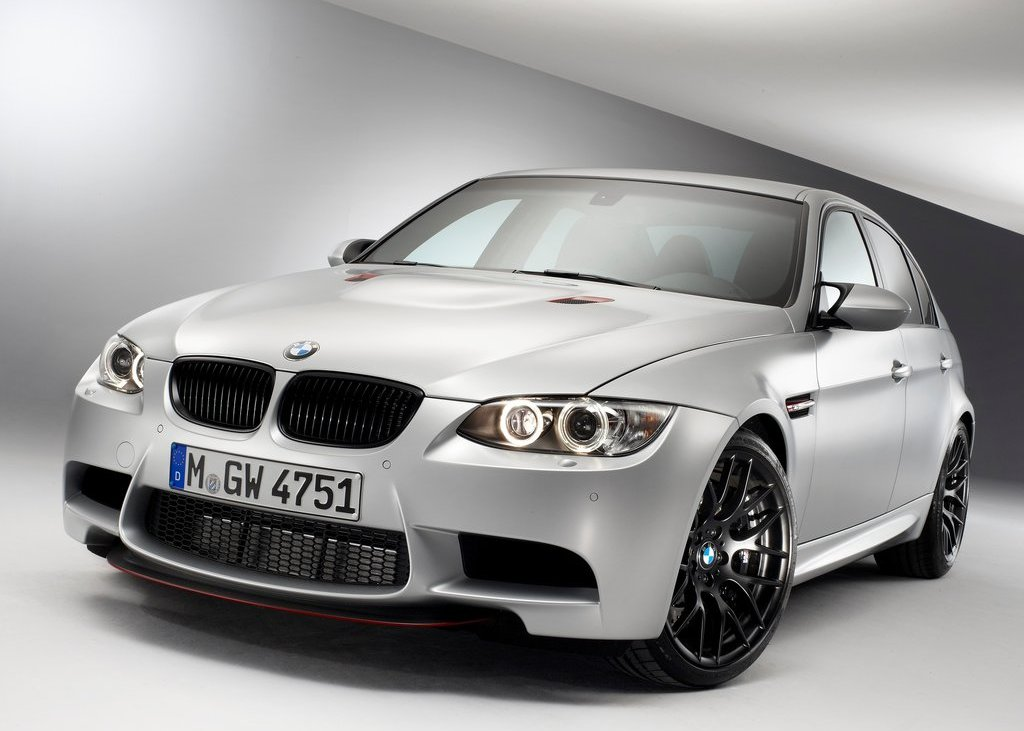 Featured Image of 2012 BMW M3 CRT Review