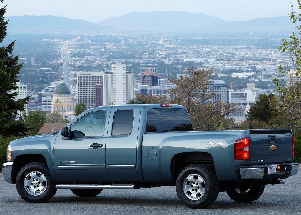 2012 Chevrolet Silverado (View 4 of 8)