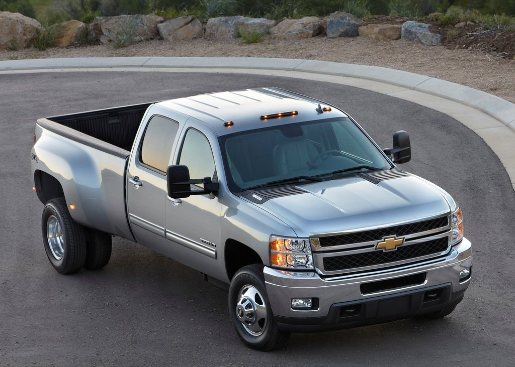 2012 Chevrolet Silverado  (Photo 8 of 8)