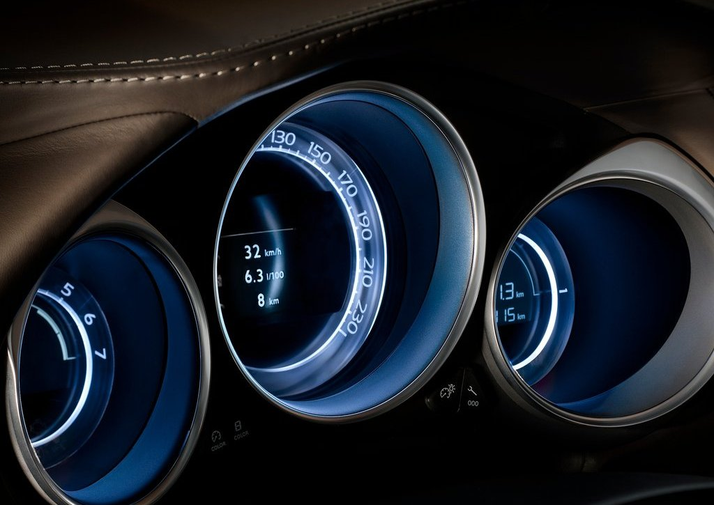 2012 Citroen DS4 Speed Meter (Photo 13 of 15)