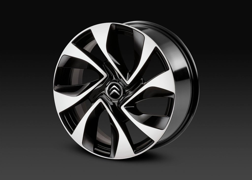 2012 Citroen DS5 Wheel 2 (Photo 24 of 30)