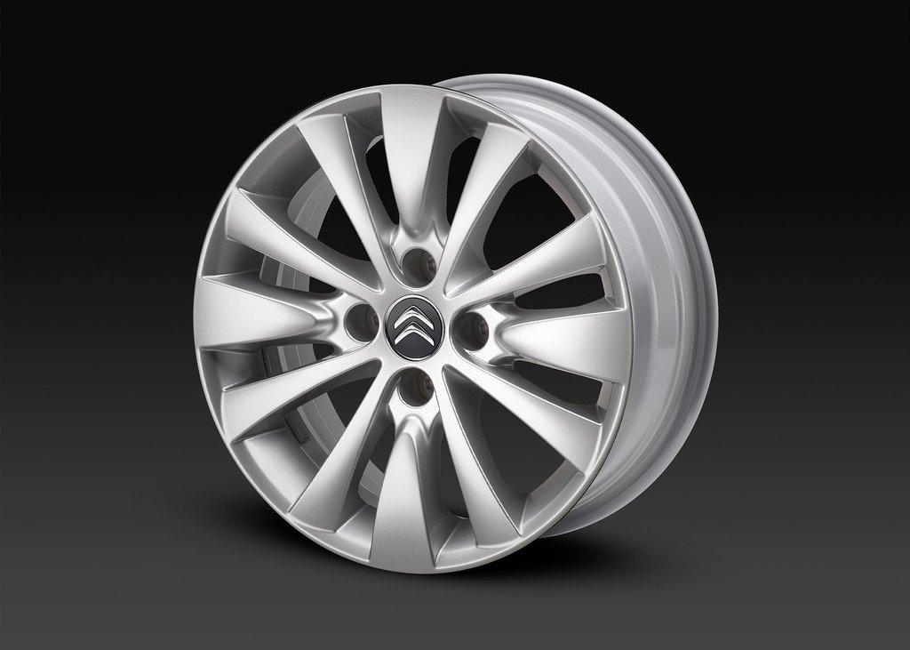 2012 Citroen DS5 Wheel  (Photo 27 of 30)