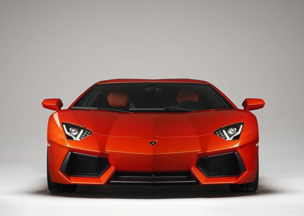 2012 Lamborghini Aventador LP700 4 Front  (Photo 8 of 13)