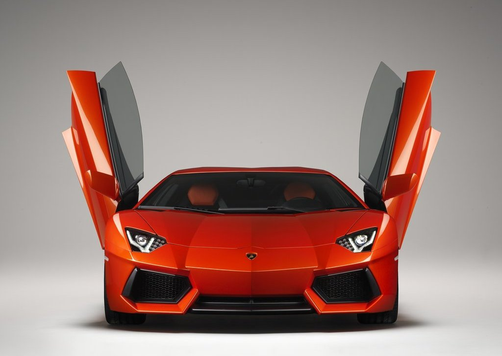 2012 Lamborghini Aventador LP700 4 Front (Photo 7 of 13)