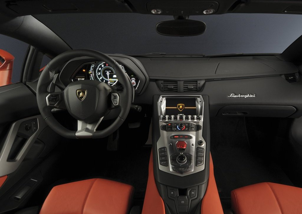 2012 Lamborghini Aventador LP700 4 Interior (Photo 9 of 13)