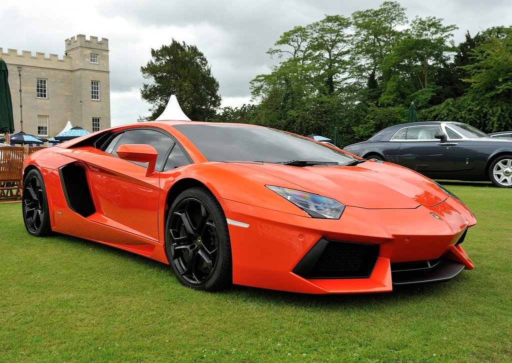 2012 Lamborghini Aventador LP700  (Photo 1 of 13)