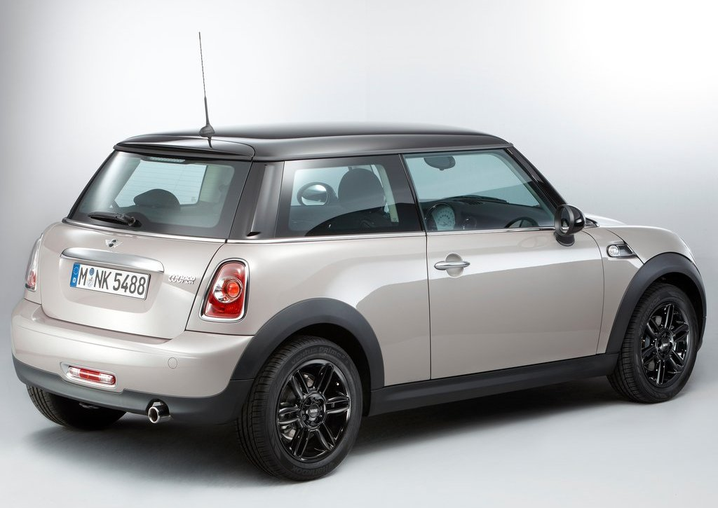 2012 Mini Baker Street Rear Angle (Photo 8 of 10)