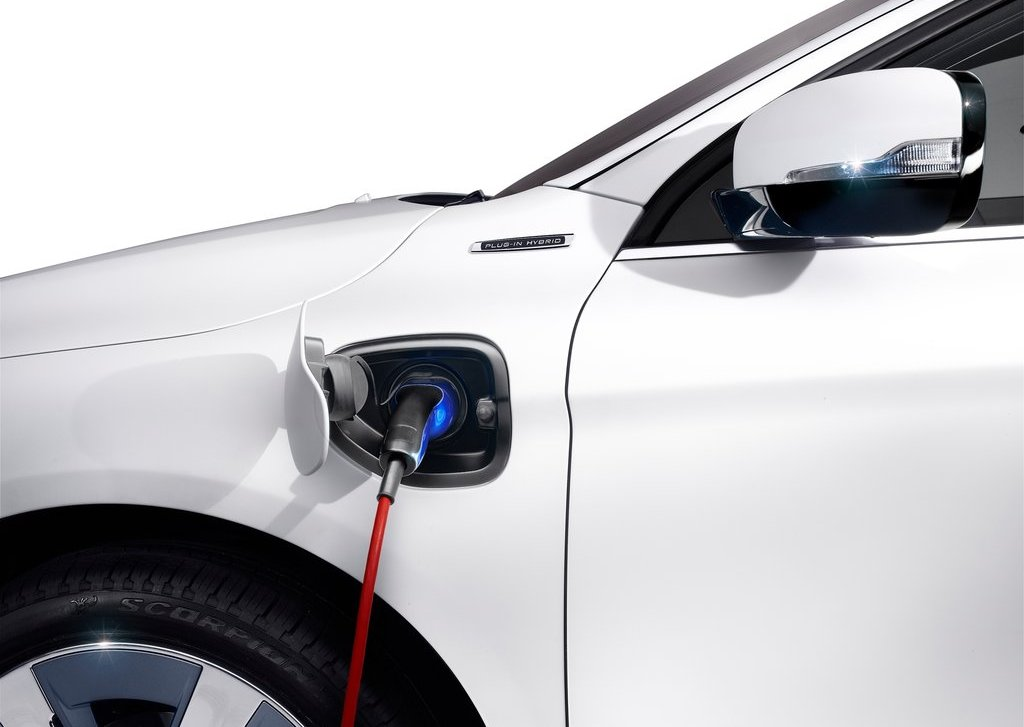2012 Volvo XC60 Plug In Hybrid Inject (Photo 2 of 10)