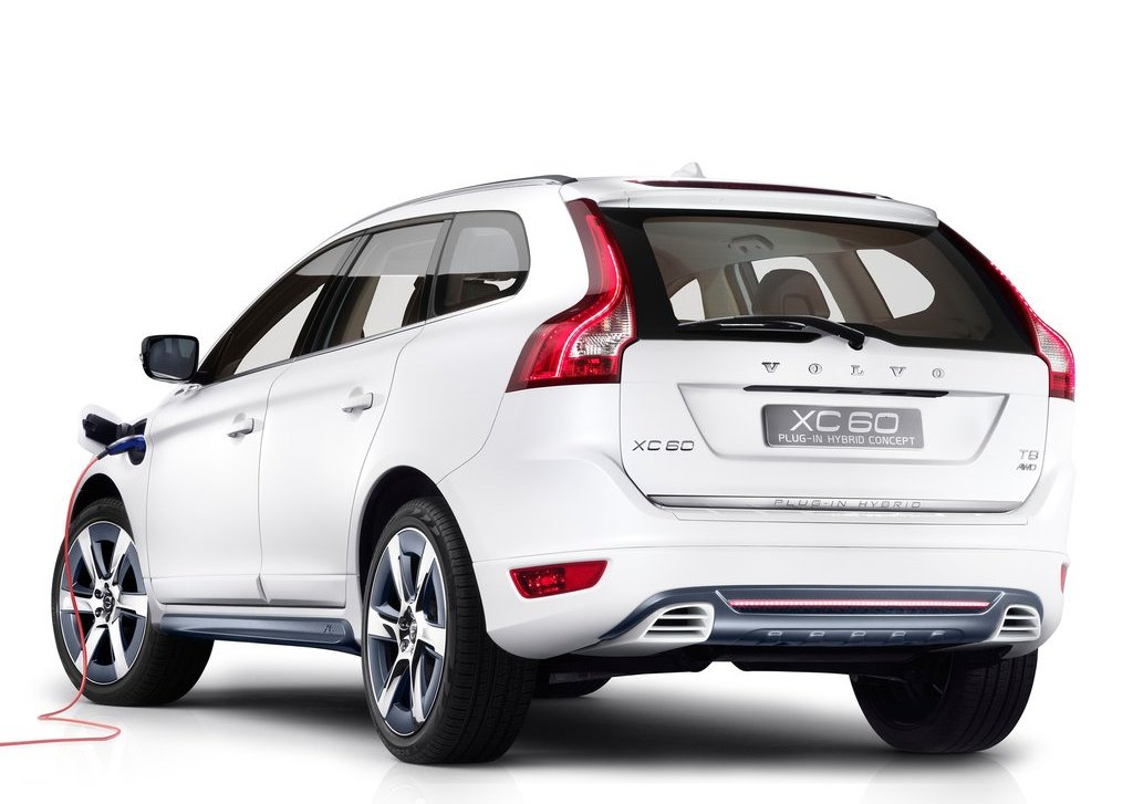2012 Volvo XC60 Plug In Hybrid Rear (View 7 of 10)
