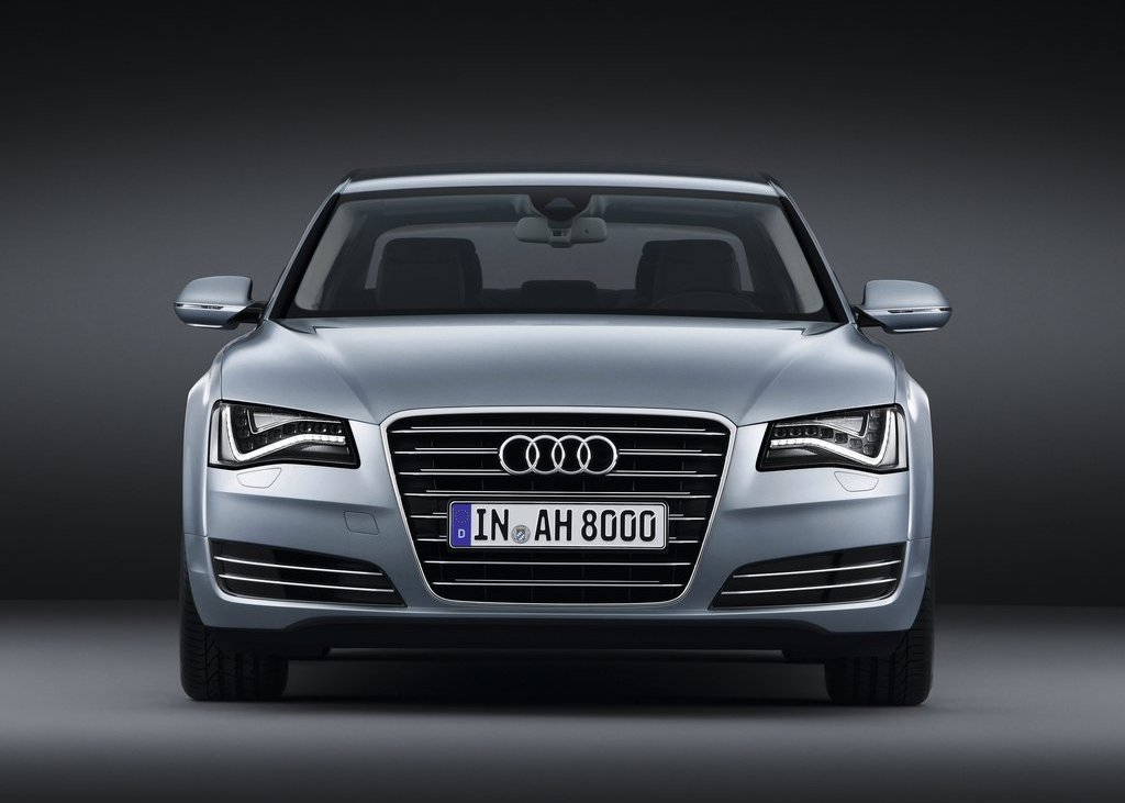 2013 Audi A8 Hybrid Front (View 3 of 19)