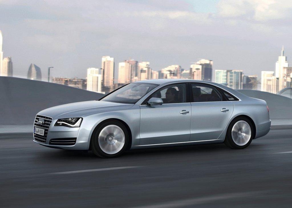 2013 Audi A8 Hybrid Front Angle (View 5 of 19)