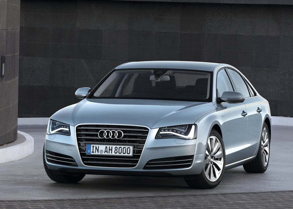 2013 Audi A8 Hybrid Front (View 6 of 19)