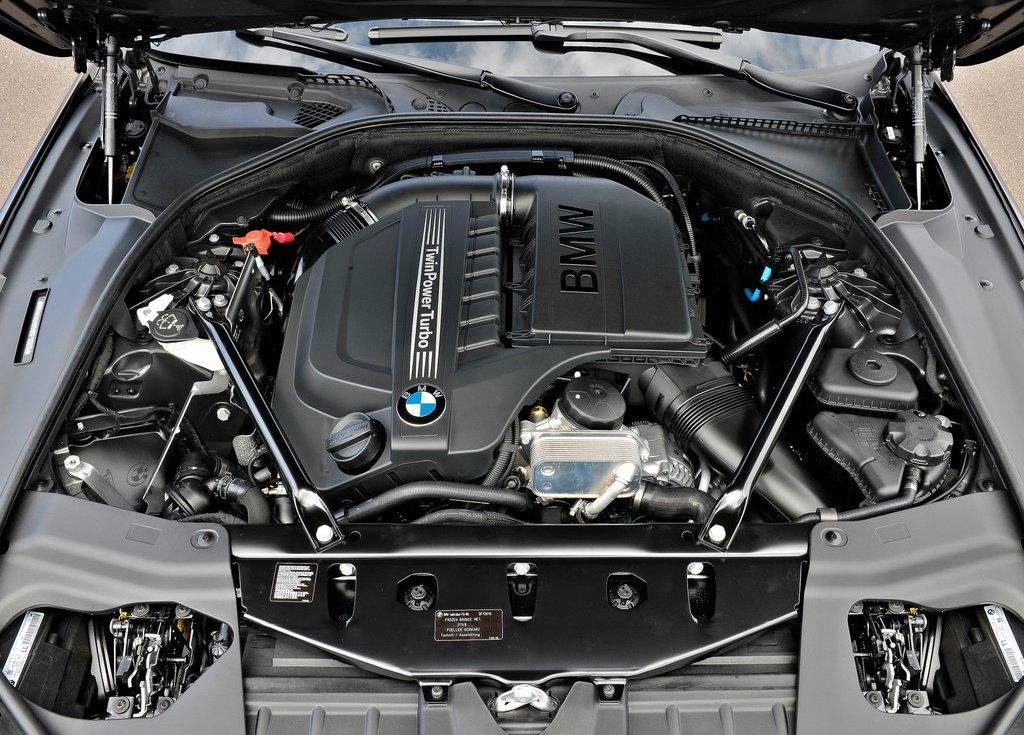 2013 BMW 6 Series Gran Coupe Engine (Photo 2 of 19)