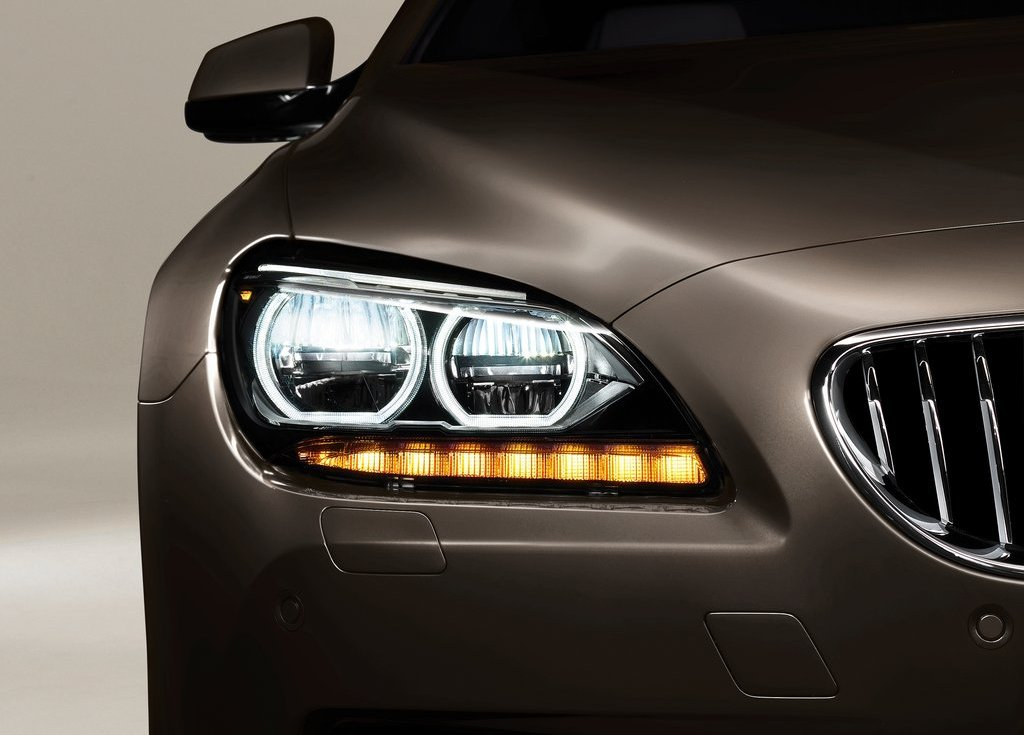 2013 BMW 6 Series Gran Coupe Head Lamp (Photo 6 of 19)