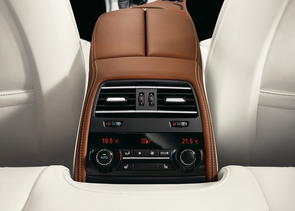 2013 BMW 6 Series Gran Coupe Interior  (Photo 9 of 19)