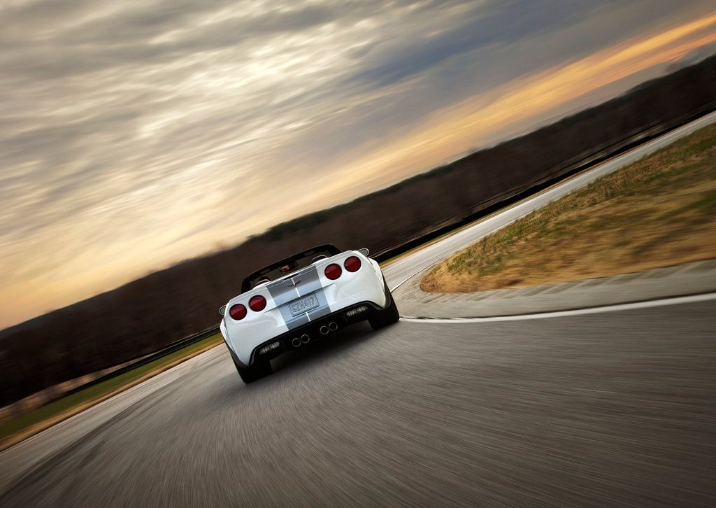2013 Chevrolet Corvette 427 Convertible Rear (Photo 4 of 6)