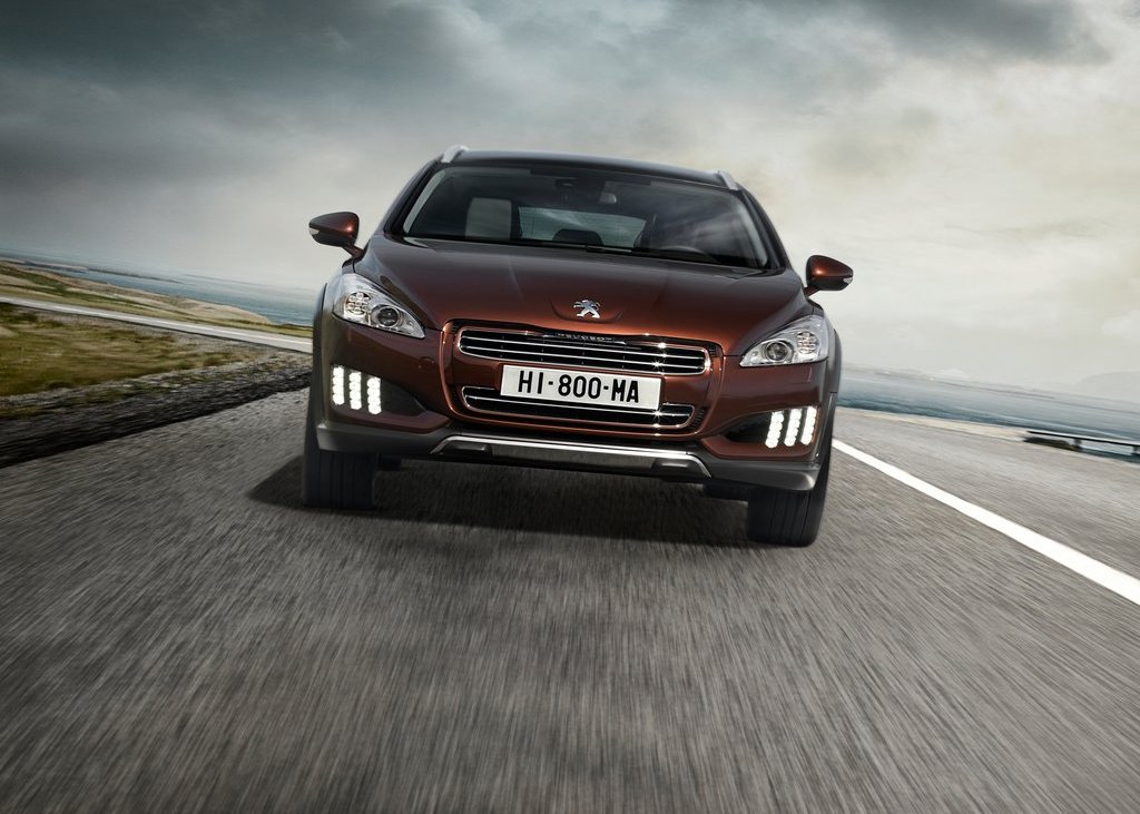 2013 Peugeot 508 RXH Front  (Photo 4 of 12)