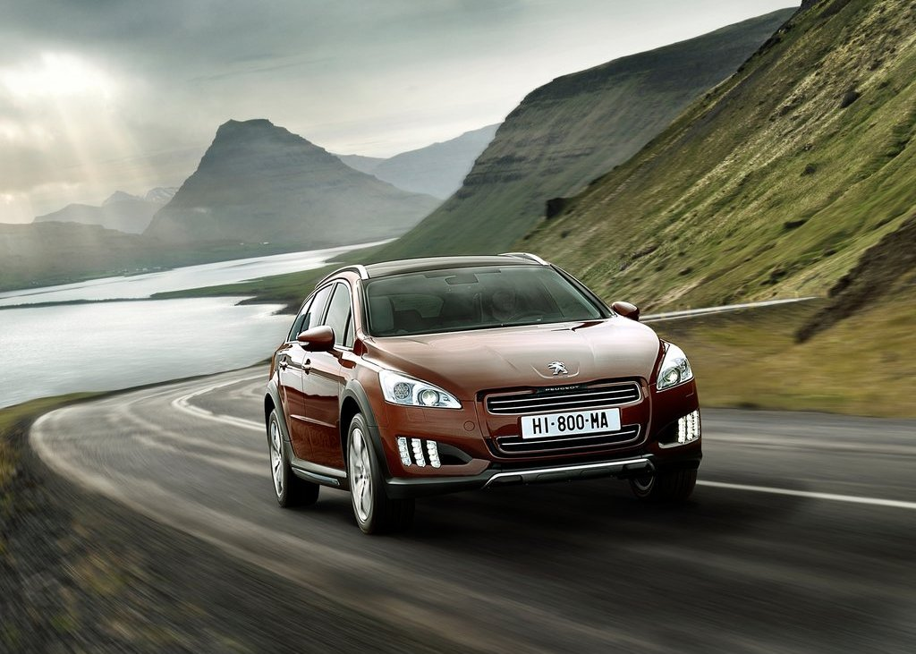 2013 Peugeot 508 RXH (Photo 12 of 12)